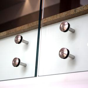 Mocowanie balustrady szklanej